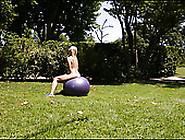 seks-na-gimnasticheskom-share